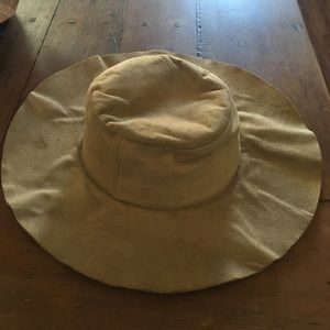 Suede floppy hat
